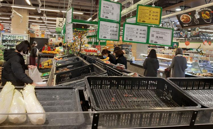 ai cũng gom hết đồ ăn, thực phẩm sẽ khan hiếm, tăng giá xã hội lại thêm một mối lo