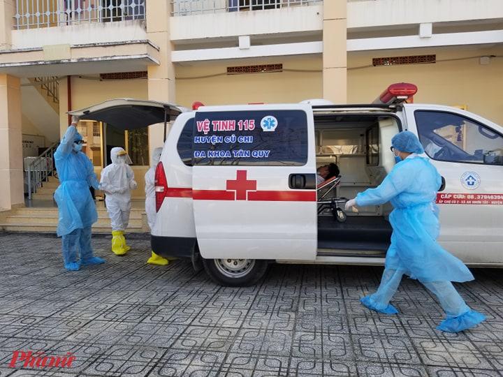 Hiện Bệnh viện dã chiến đã lắp được 100 bộ giường y tế, đồng thời trang bị nhiều thiết bị y tế chuyên dụng và cơ sở hạ tầng phục vụ cho công tác phòng, chống dịch.