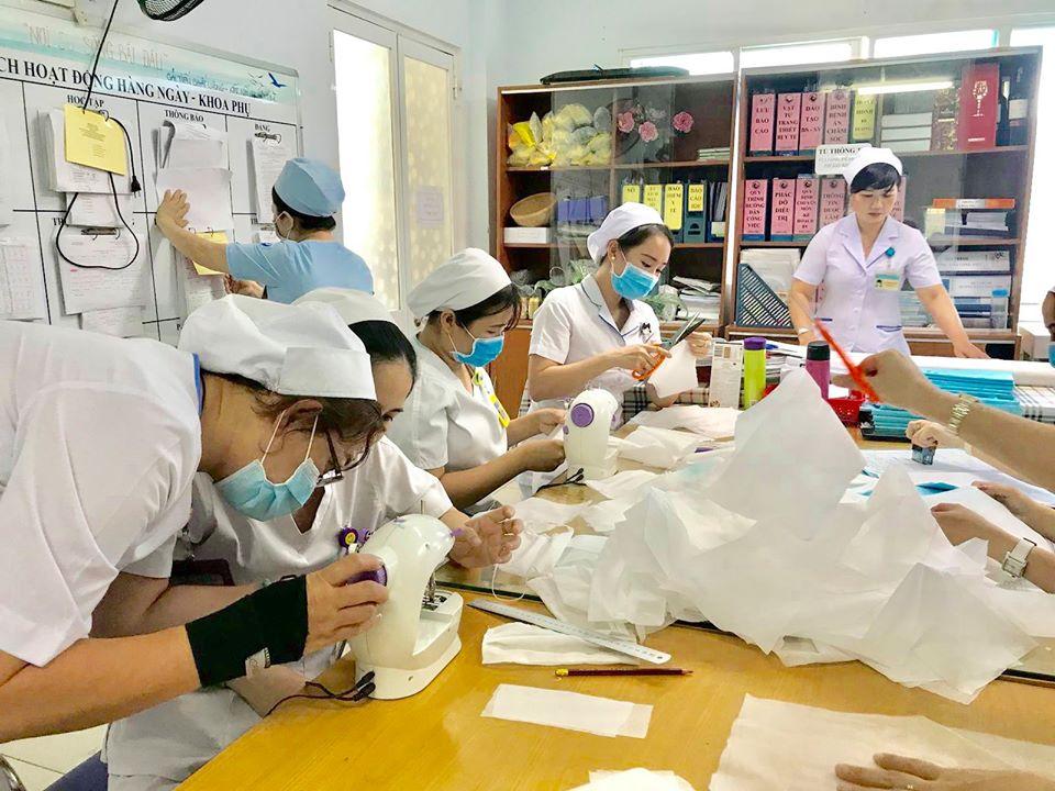 Những khẩu trang y tế vẫn đủ để cấp phát cho nhân viên y tế tại Bệnh viện Từ Dũ