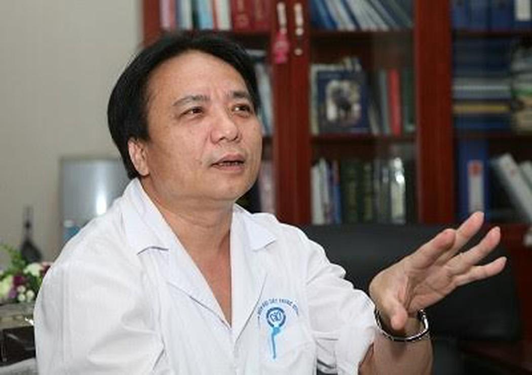 PGS.TS Trần Ngọc Lương khuyến cáo, nếu thấy xuất hiện khối u ở cổ thì cần đi khám chuyên khoa ngay,