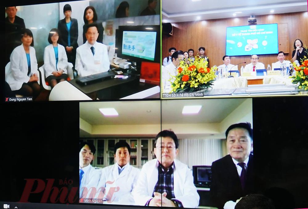 Bí thư Thành ủy Nguyễn Thiện Nhân trao đổi trực tuyến với các bác sĩ ở Nhật Bản và Đài Loan.