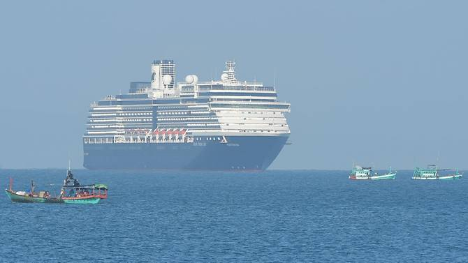 Tàu Westerdam  xuất hiện ngoài khơi bờ biển Sihanoukville, Campuchia vào sáng ngày 13/2.