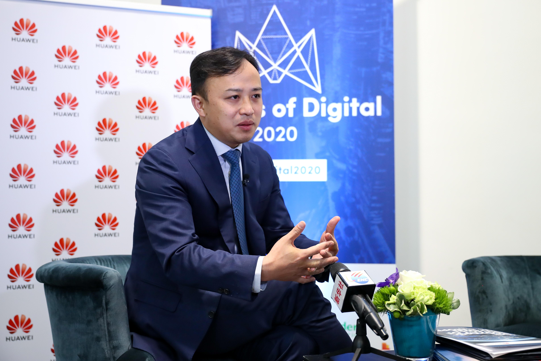 Ông Abraham Liu, Đại diện chính của Huawei tại các tổ chức EU, trả lời cuộc phỏng vấn với Tân Hoa Xã tại Brussels, Bỉ, ngày 6/2/2020.