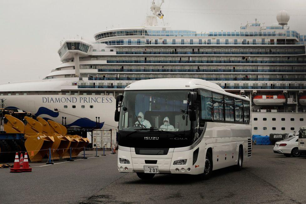 Mỹ, Canada, và Hồng Kông có kế hoạch sơ tán công dân của mình khỏi tàu Diamond Princess.