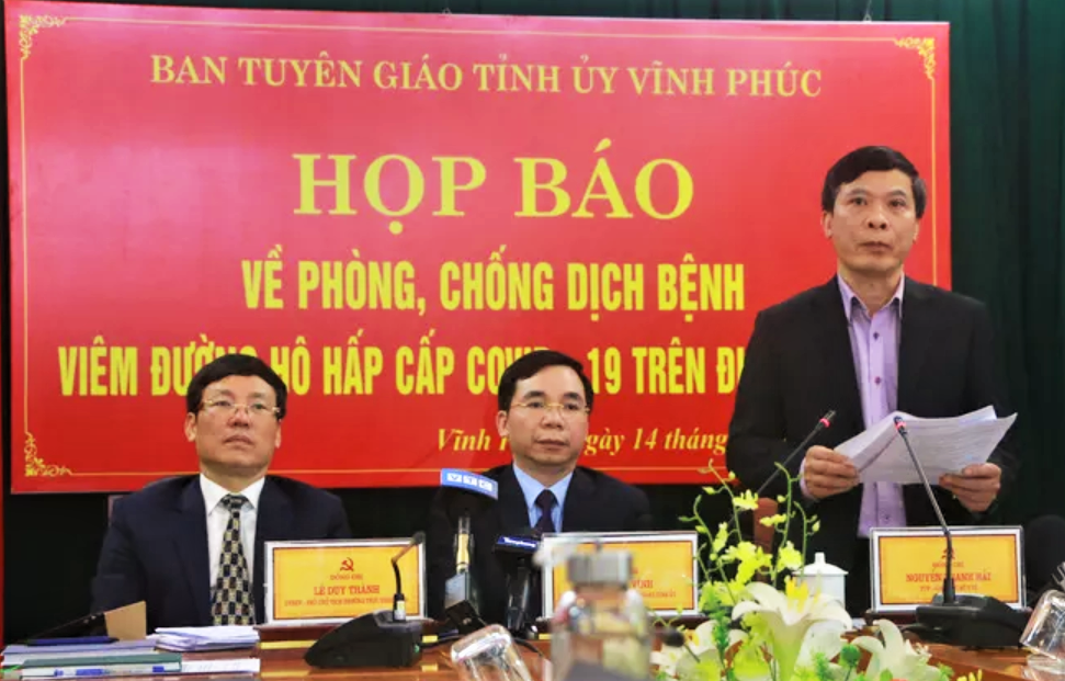 Ông Nguyễn Thanh Hải phát biểu trong buổi họp báo của Vĩnh Phúc.