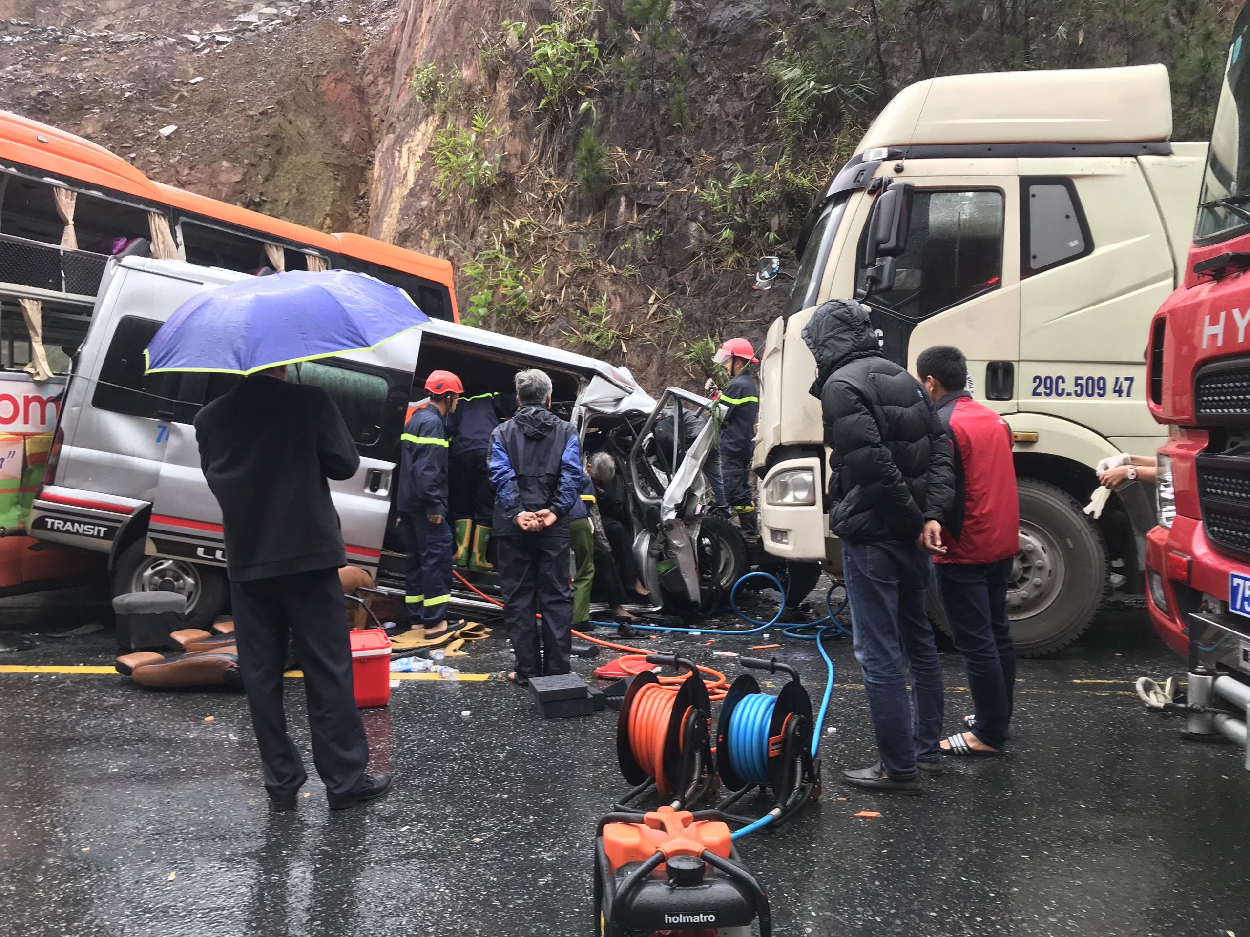 Trong vòng chưa đến 1 tuần đây là vụ tai nạn nghiêm trọng thứ 2 xảy ra trên đường tránh TP. Huê