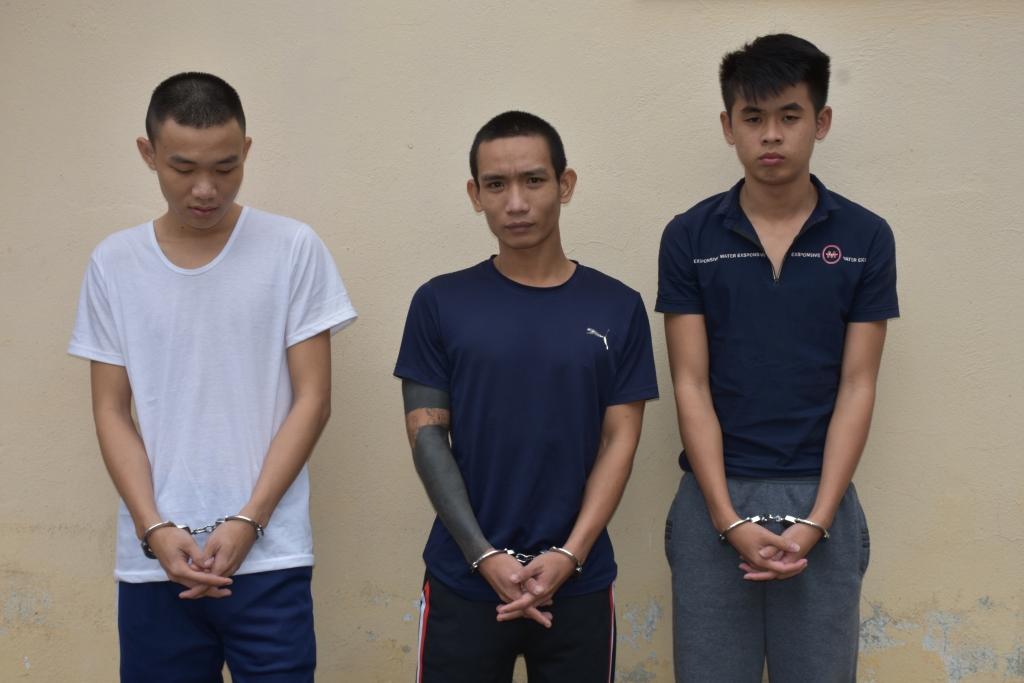 Các đối tượng Thanh, Nhân và Khánh bị bắt.