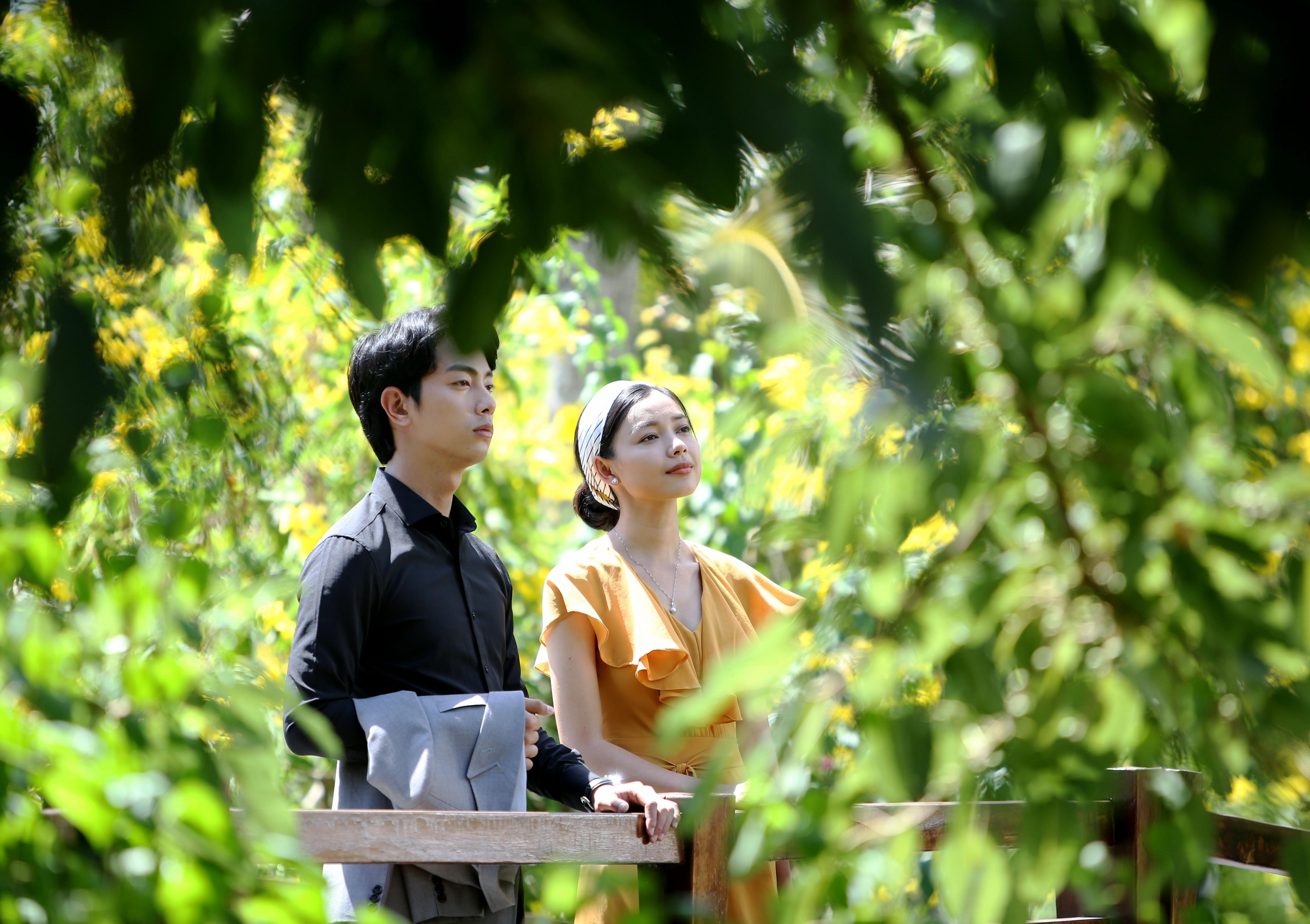 Trong phim này, cô kết hợp diễn xuất cùng nam chính - diễn viên Võ Đình Hiếu