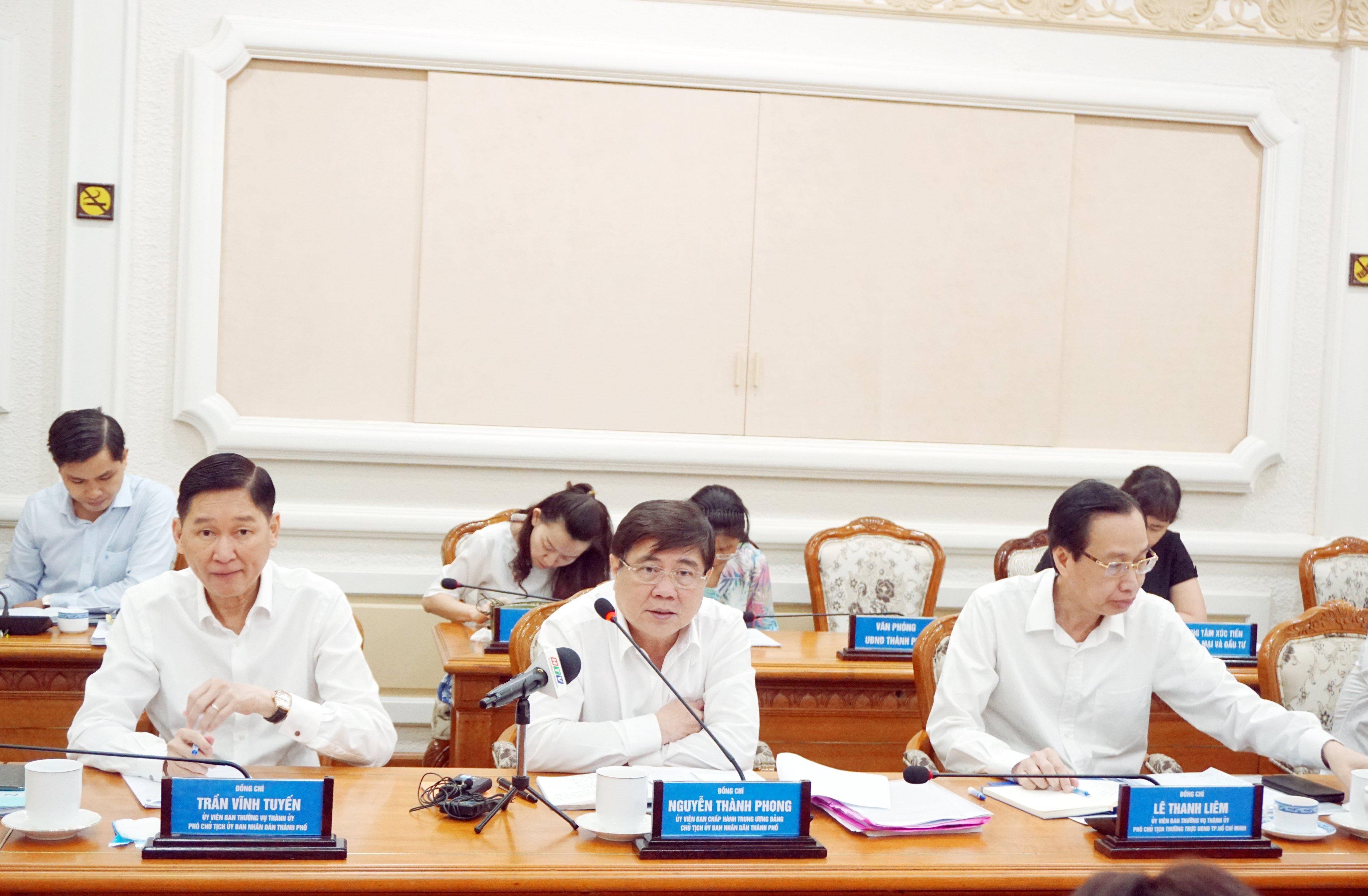 Theo Chủ tịch UBND TPHCM Nguyễn Thành Phong, UBND TPHCM sẽ kiến nghị Chính phủ giảm thuế cho các doanh nghiệp