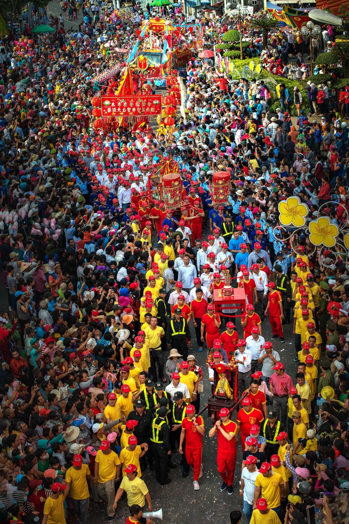 Lễ hội Chùa Bà - Bình Dương