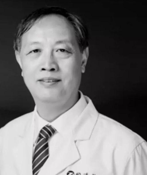 Bác sĩ Lin Zhengbin là một trong những chuyên gia đầu ngành tại Trung Quốc về ghép thận.