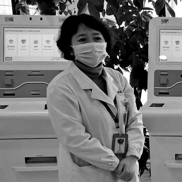 Một tài khoản khác trên Twitter bình luận sau cái chết của bác sĩ Xu Hui: Đáng lẽ bà ấy có thể còn sống và cứu được nhiều người hơn nữa,