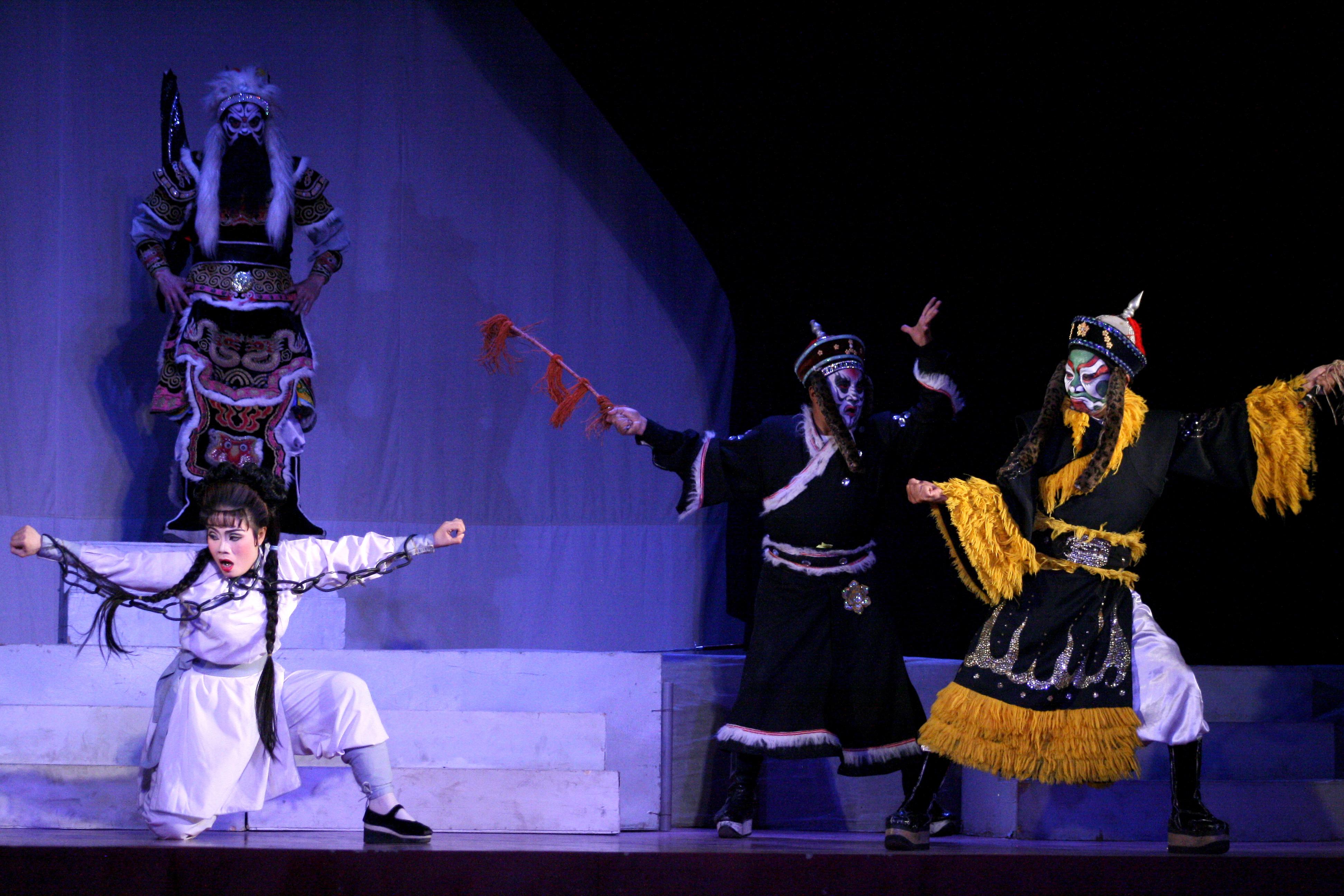 Sanh vi tương , Tử vi thần của Nhà hát nghệ thuật hát bội phải hủy toàn bộ các xuất diễn ở trường học do học sinh, sinh viên vẫn đang nghỉ học.