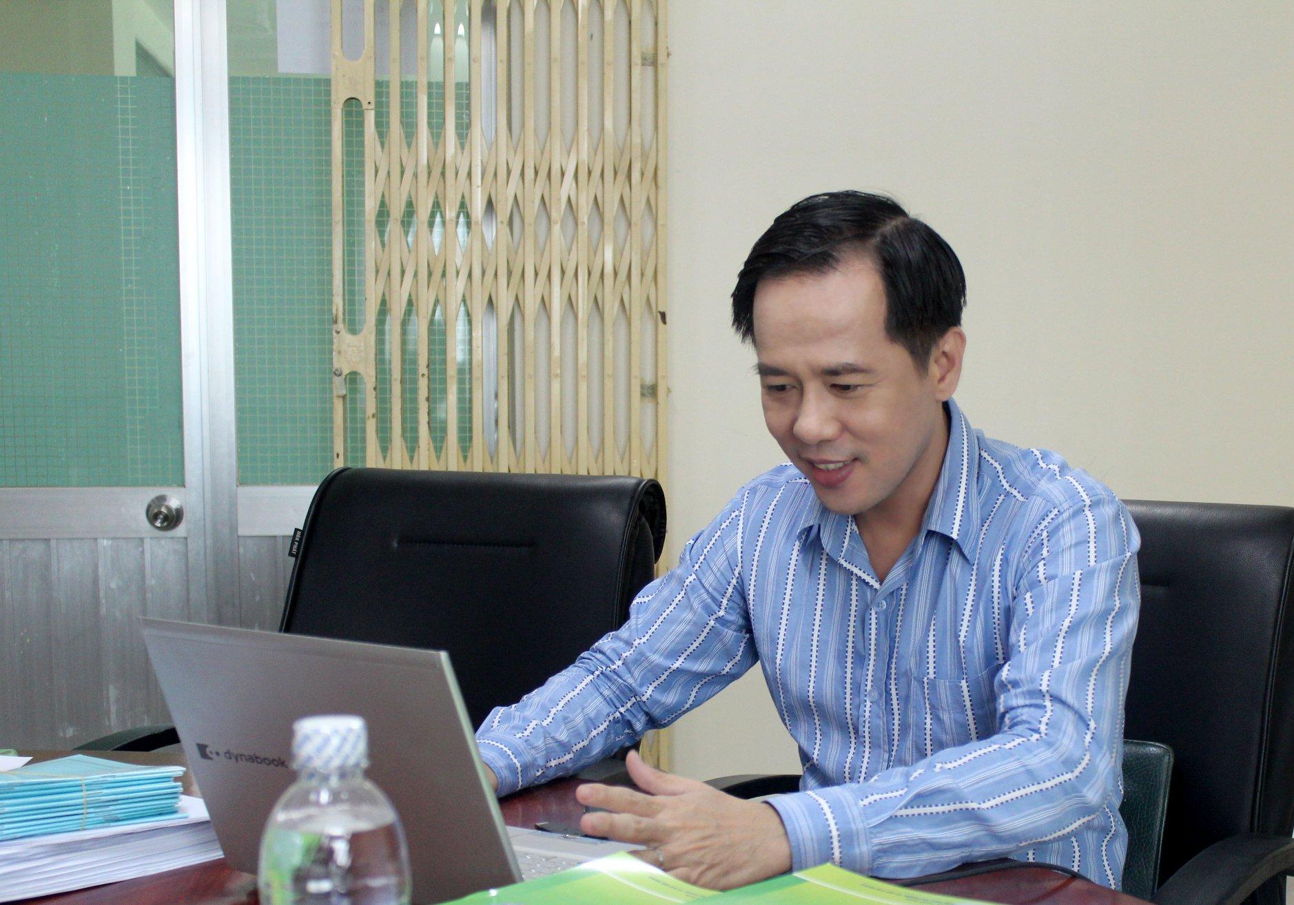 GS Huỳnh Văn Sơn cho rằng vấn đề chia năm học thành 4 kỳ cần xem xét kỹ lưỡng