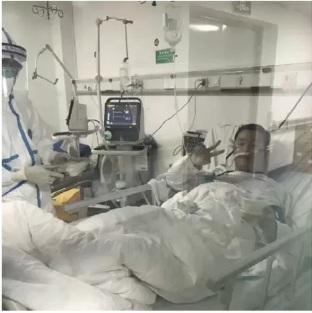 Bác sĩ Bành đã được truyền huyết thanh từ những người đã khỏi bệnh nhưng vẫn không thể vượt qua ngưỡng cửa tử thần. Anh ra đi để lại người hôn thê và đứa con chưa chào đời.