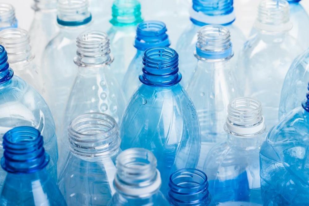 Các sản phẩm nhựa, ngay cả khi không chứa BPA, cũng có thể gây hại đến sức khỏe