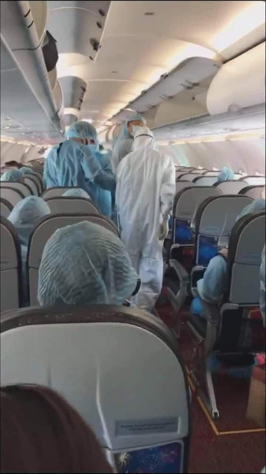 Chuyến bay VJ871 về từ Daegu đã được khử trùng để phòng, chống dịch