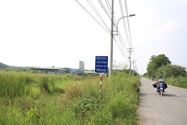 Khu đô thị Sing Việt sau 20 năm triển khai vẫn là bãi đất trống cỏ mọc