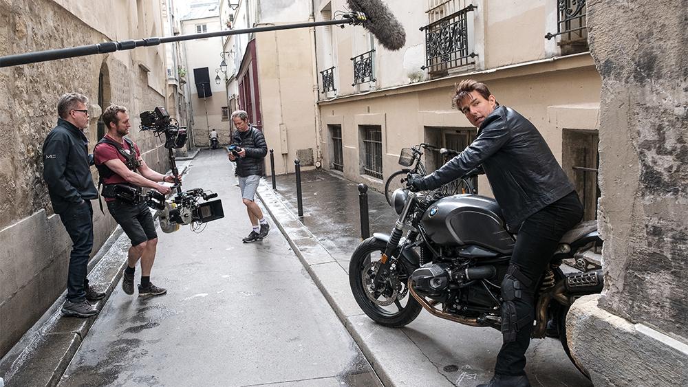 Hình ảnh Tom Cruise trên phim trường Nhiệm vụ bất khả thi phần 6.