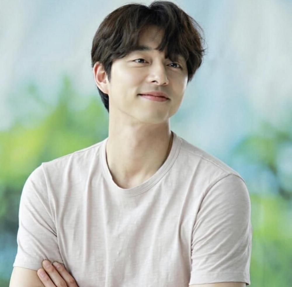 Gong Yoo đốn tim người hâm mộ với nhan sắc điển trai.