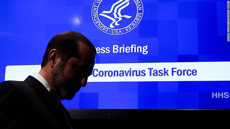 Hiện các quốc gia vẫn đang chạy đua trong việc tìm ra loại thuốc chữa trị và vắc-xin phòng ngừa COVID-19.