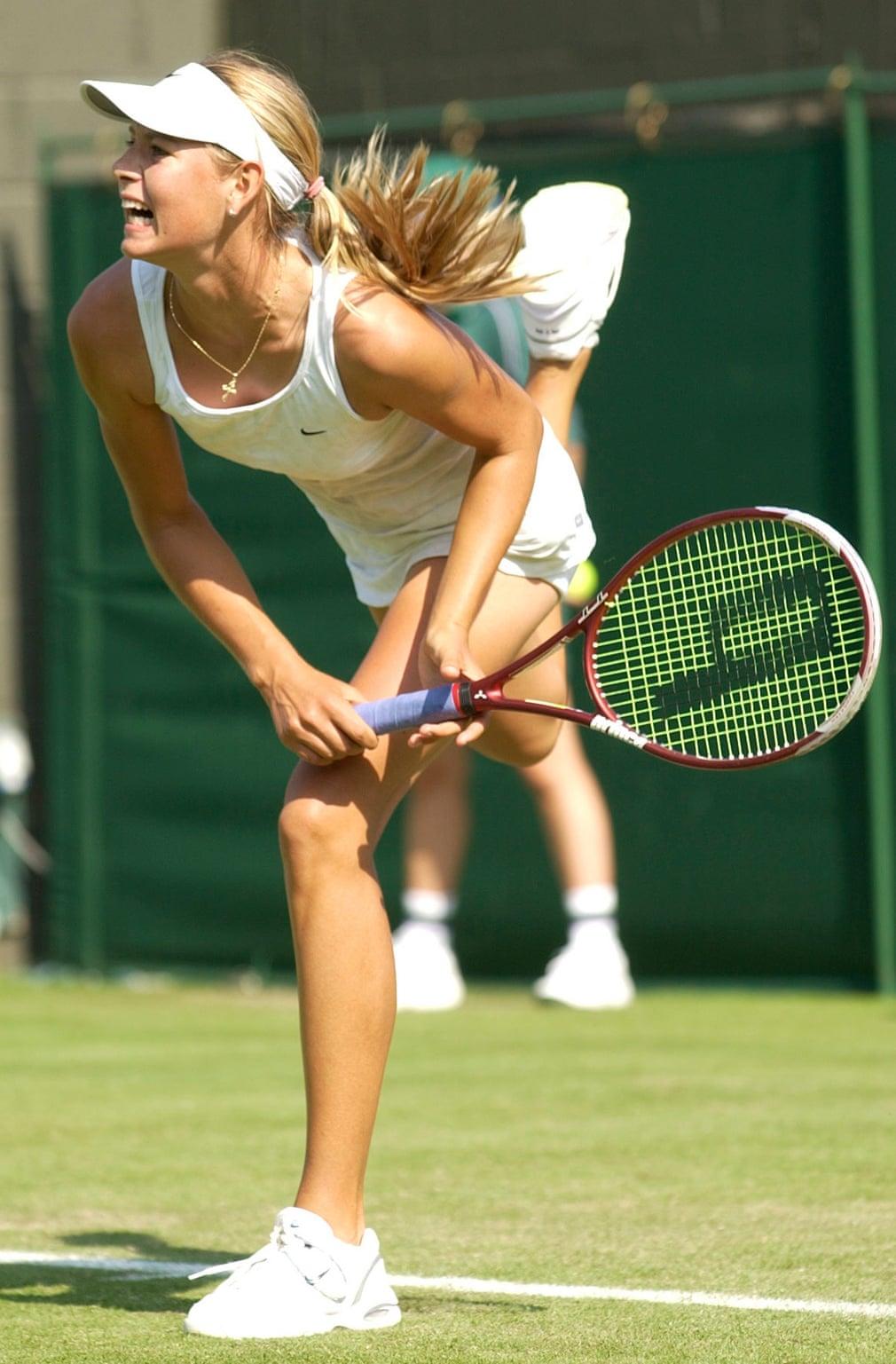 Sharapova là một ẩn số tại Wimbledon năm 2003, lần đầu tiên cô xuất hiện trong giải đấu cấp cao tại SW19. Cô đã lọt vào vòng thứ tư và đánh bại hạt giống số 11 Jelena Dokić, chiến thắng đầu tiên của cô trước một tay vợt top 20.