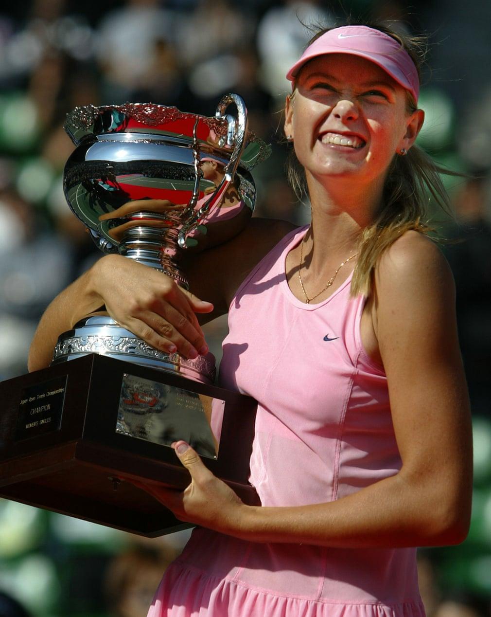 Vào tháng 10/2003, Maria Sharapova giành được danh hiệu WTA đầu tiên khi đánh bại Aniko Kapros với tỷ số 2-6, 6-2, 7-6 tại giải quần vợt Nhật Bản mở rộng ở Tokyo, giúp cô nhanh chóng leo lên top 50.