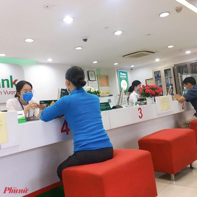 Các ngân hàng không chỉ giảm lãi suất hỗ trợ doanh nghiệp mà nên giảm cả lãi suất vay cá nhân