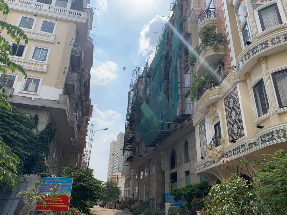 TP sẽ tạm ứng ngân sách nhà nước để làm chi phí cưỡng chế các công trình xây dựng sai phạm tại phường Thảo Điền, quận 2