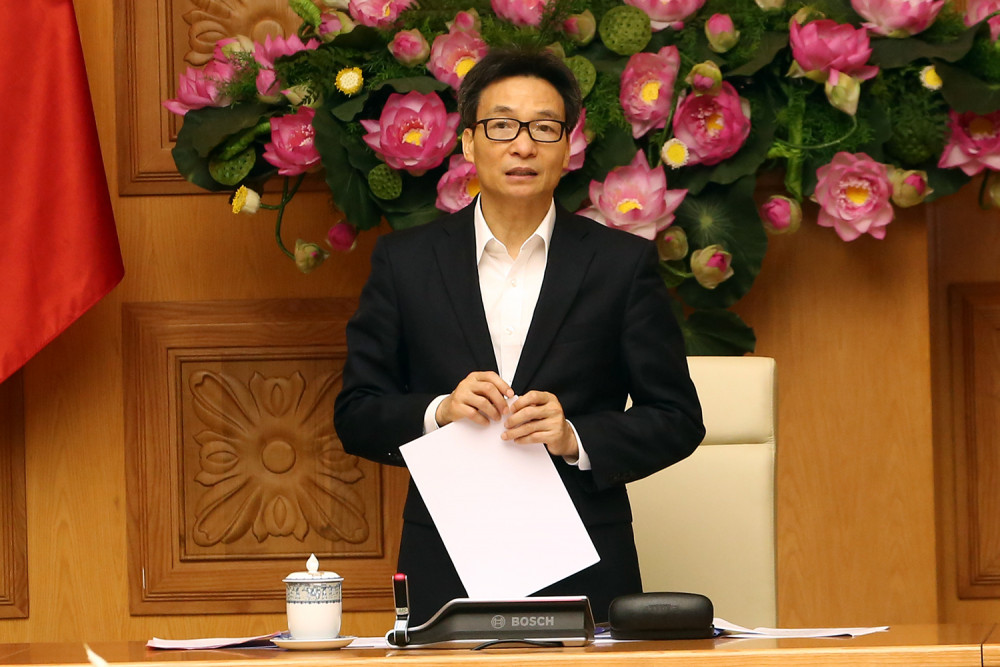 Phó Thủ tướng Vũ Đức Đam chỉ đạo tại cuộc họp