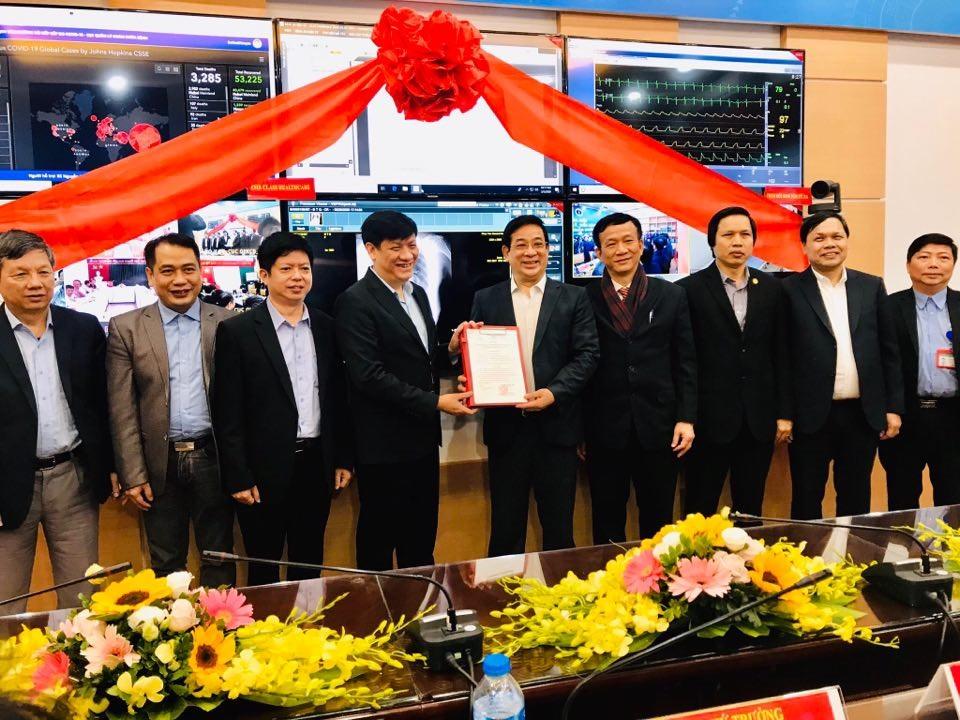 GS.TS Nguyễn Thanh Long - Thứ trưởng Bộ Y tế tại buổi ra mắt trung tâm