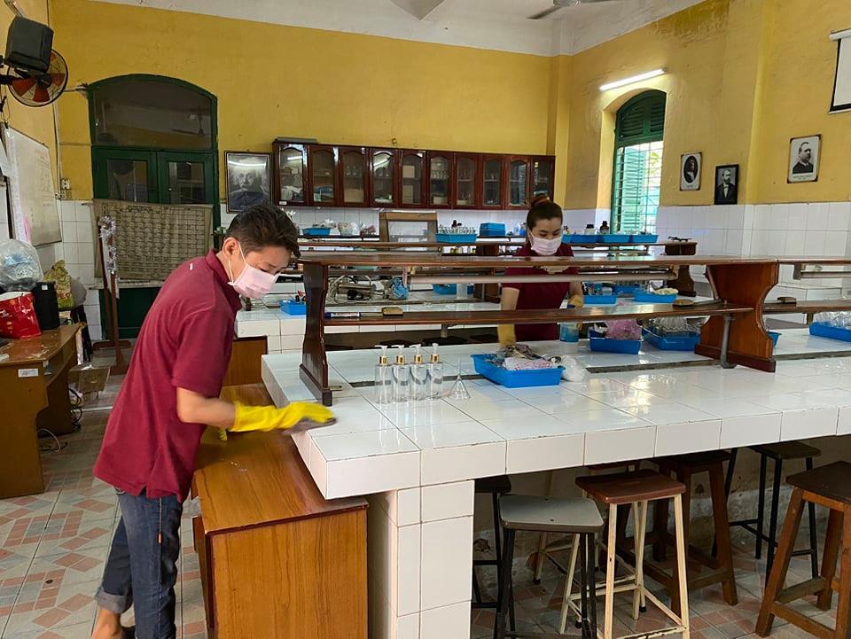 Các trường THPT tại TP.HCM đã chuẩn bị các điều kiện bảo đảm an toàn cho học sinh lớp 12 quay lại trường học