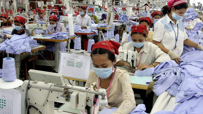 Sau loạt đấu trang, các nữ công nhân tại Campuchia có điều kiện làm việc tốt hơn.
