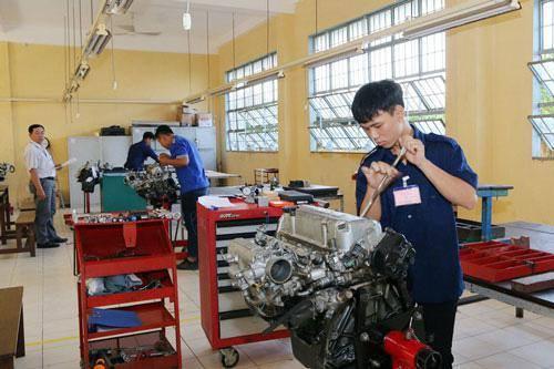 Nhiều học viên đang tích cực chuẩn bị cho kỳ thi tay nghề quốc gia diễn ra vào cuối tháng 4/2020