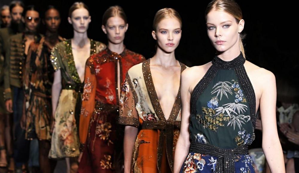 Nhiều show thời trang bị hủy bỏ nhằm ngăn chặn sự lây lan của virus corona.