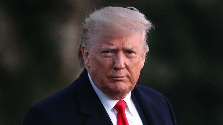 Tổng thống Donald Trump tuyên bố tạm ngưng cho phép du khách châu Âu nhập cảnh Mỹ trong vòng 30 ngày - Ảnh: Getty Images