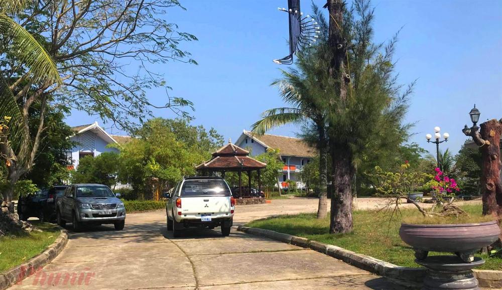 Lối dẫn vào khu Resort Sun&Sea