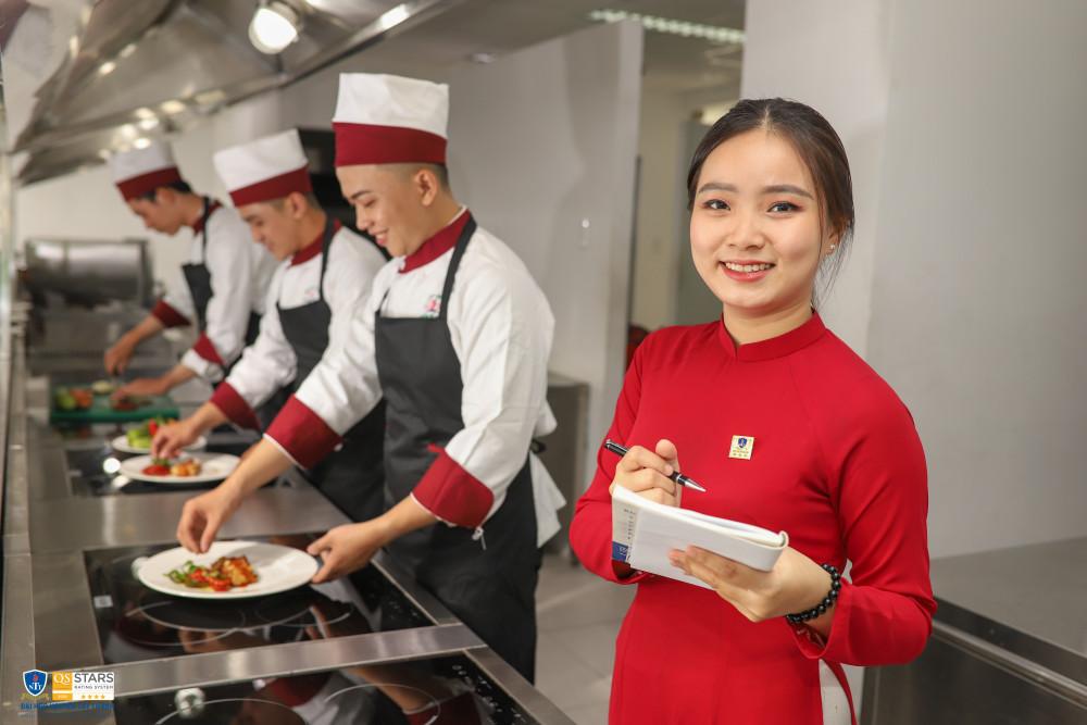 Sinh viên ngành Du lịch trường ĐH Nguyễn Tất Thành