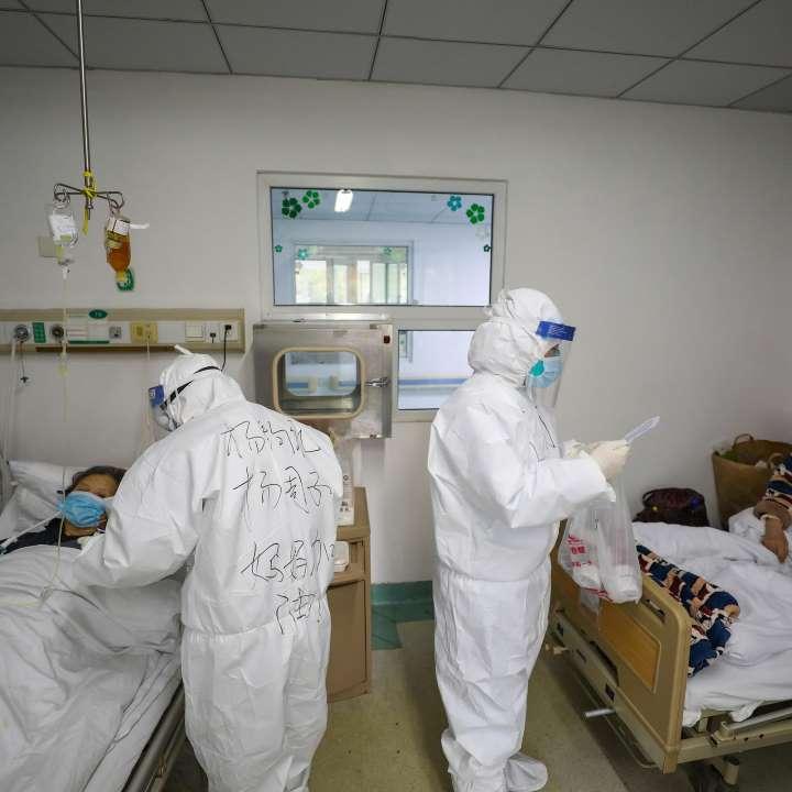 Theo nghiên cứu mới, coronavirus có thể sống trong cơ thể người đến 37 ngày.