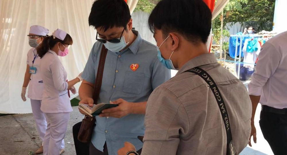 Lượng chức năng kiểm tra passport của khách nước ngoài