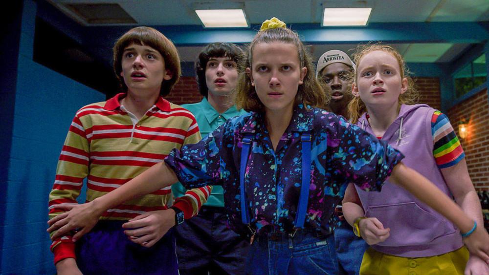 Stranger things là phim series ăn khách nhất của Netflix.