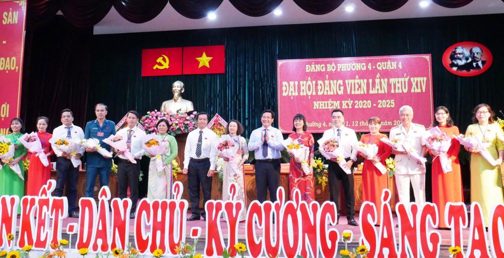 Ra mắt Ban chấp hành Đảng bộ P.4, Q.4 nhiệm kỳ 2020-2025