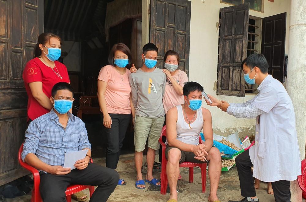 6 người ở xã Quảng Minh (Thị xã Ba Đồn) vừa trở về từ vùng dịch, đều đã có giấy chứng nhận cách ly đúng quy định do Sở Y tế tỉnh Lạng Sơn