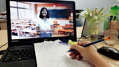 Học sinh học online tại nhà (ảnh minh họa)