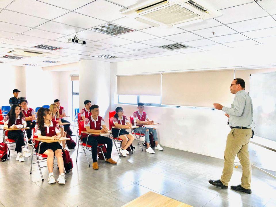 Sinh viên trường ĐH Quốc tế Hồng Bàng được giảm 20% học phí cho học kỳ 2