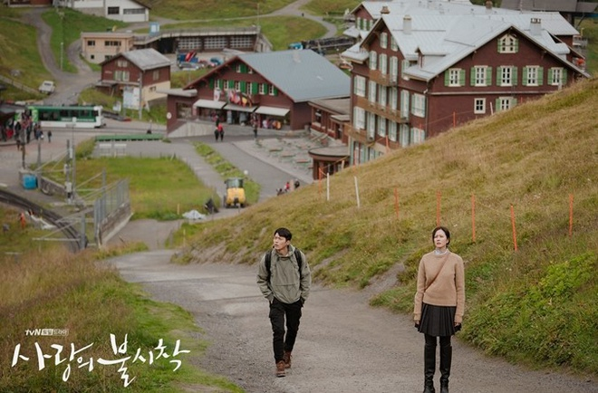 Những cảnh quay nên thơ tại Thụy Sĩ trong phim Hạ cánh nơi anh.
