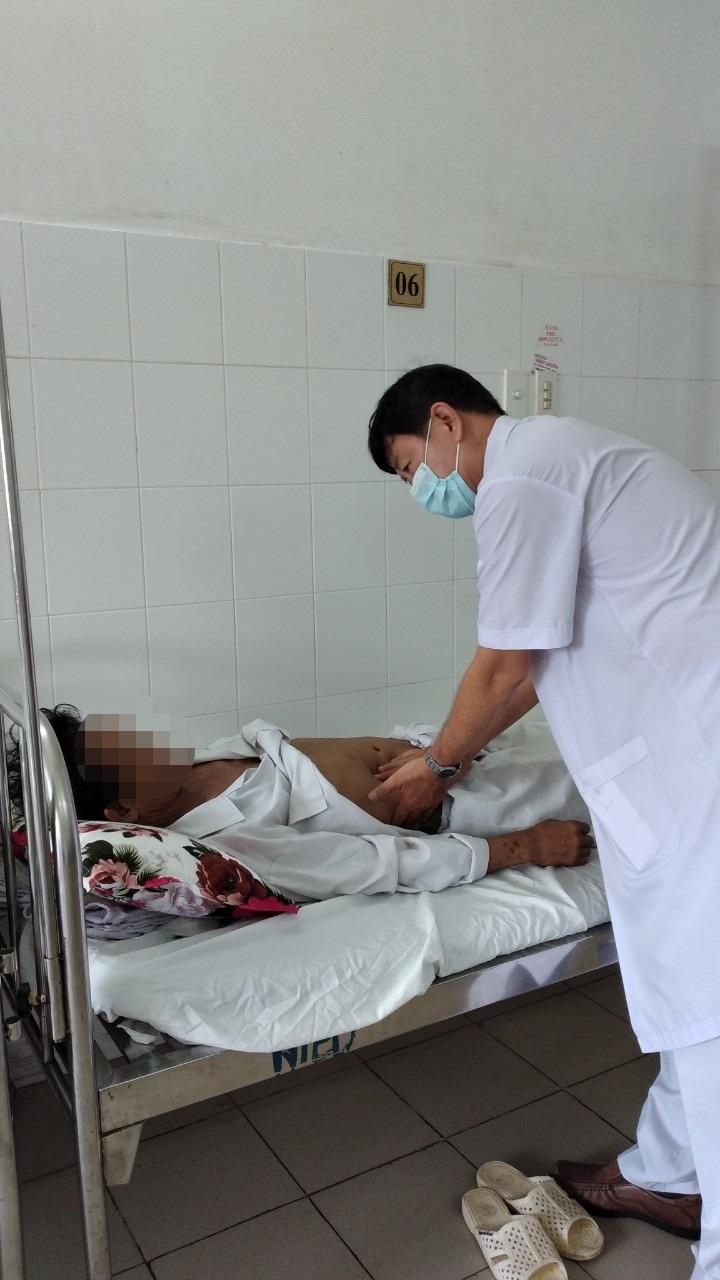 Bác sĩ tiếp tục theo dõi sức khỏe cho bệnh nhân Danh H.