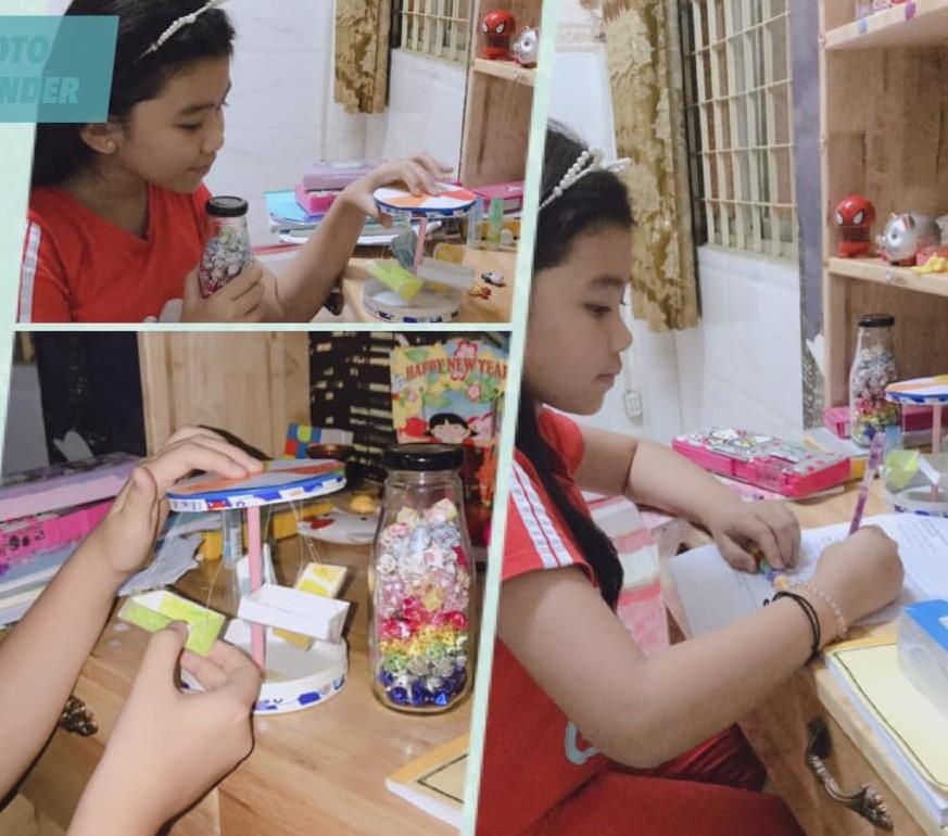 Với bìa tập, vỏ hộp phô mai,em  Mã Khánh Trân đã gấp được hàng trăm ngôi sao và một chiếc xích đu