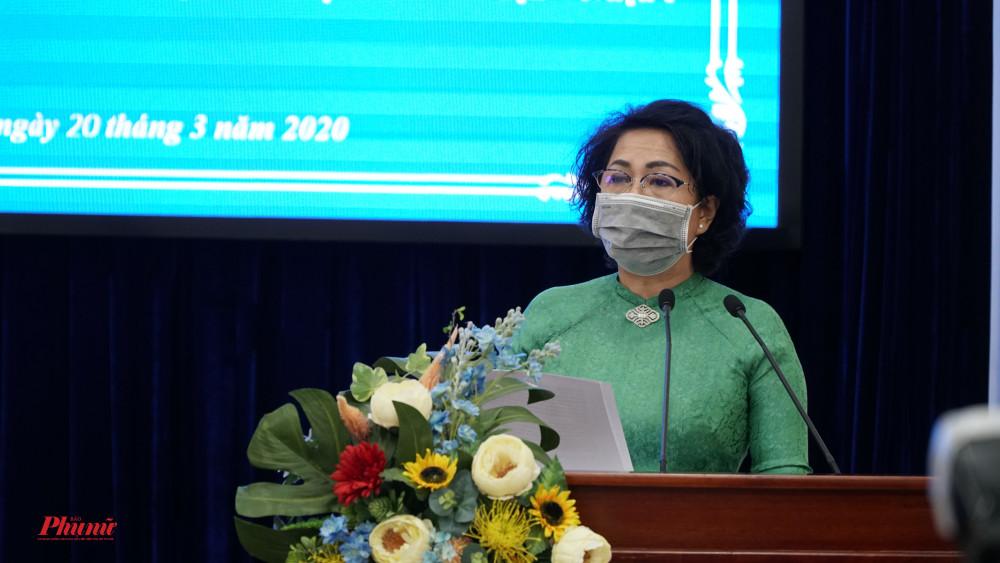 Bà Tô Thị Bích Châu - Chủ tịch Ủy ban MTTQ Việt Nam TP.HCM kêu gọi quyên gópủng hộ phòng, chống dịch Covid-19 và hỗ trợ đồng bào bị thiệt hại do hạn hán, xâm nhập mặn