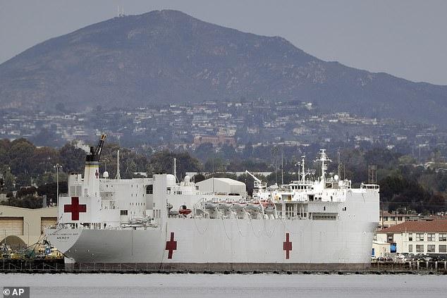 Hải quân sẽ gửi tàu bệnh viện Mercy đến California để hỗ trợ.